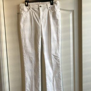 Chico's So Slimming Girlfriend Jeans 1.5 (10) Tall